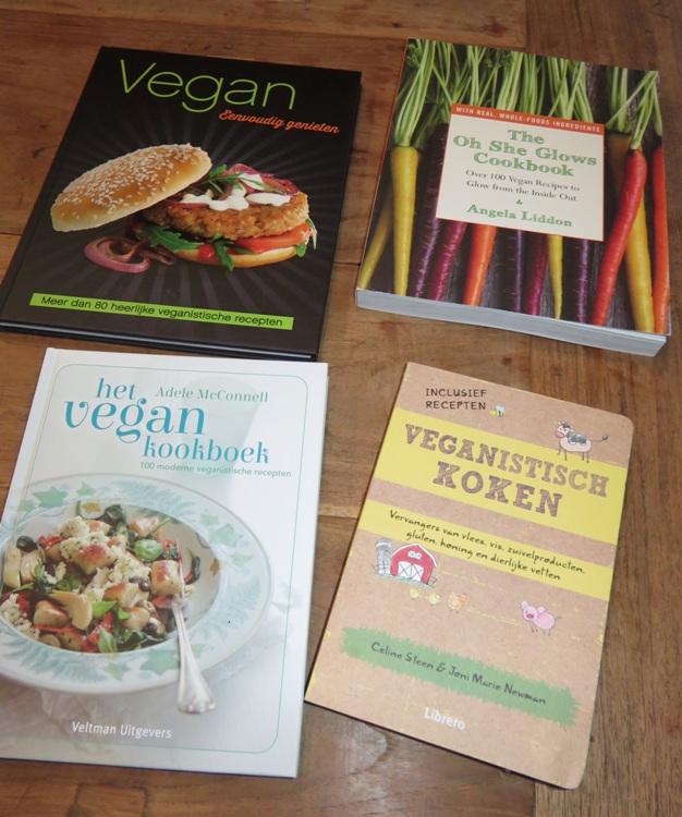 Nieuwe vegan kookboeken veggieleven for Kookboek veganistisch